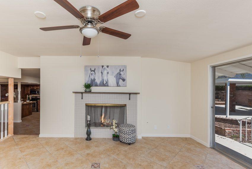 009_Living Room