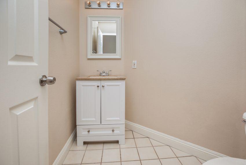 019_Bathroom
