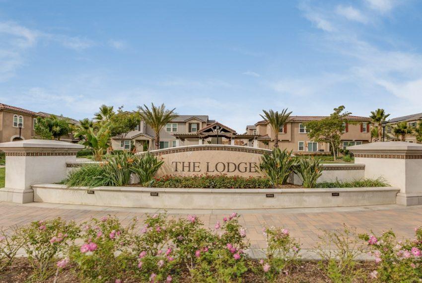 025_The Lodge
