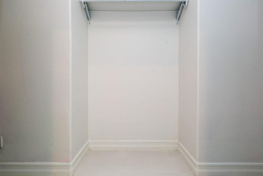 030_Closet