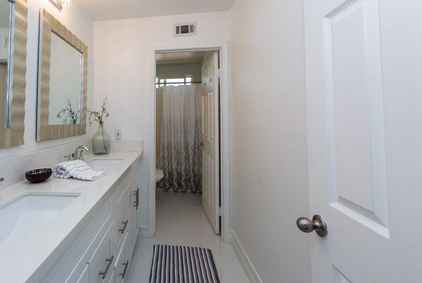 033_Bathroom