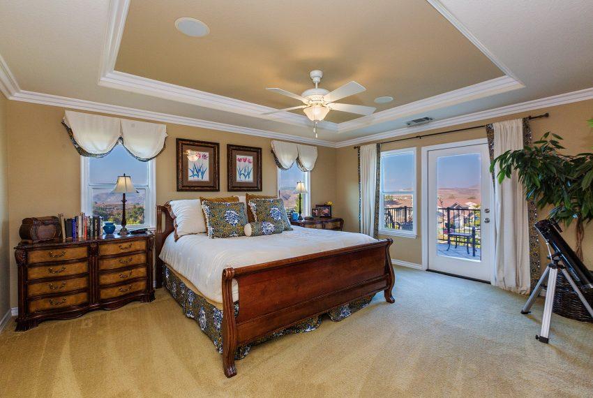 034_Master Bedroom