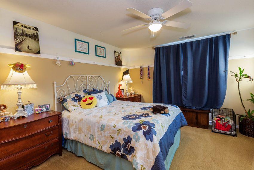 041_Bedroom